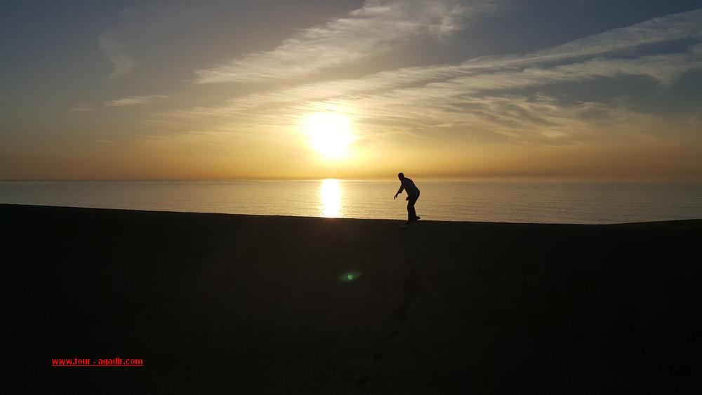 sandboarding in Agadir1